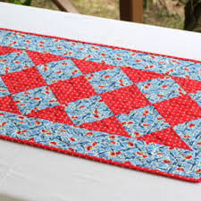 red and white table runner best handmade quilt table runners products on wanelo
