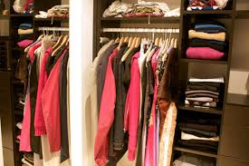 Organized Closet How To Spring Clean Your Closet College Fashion