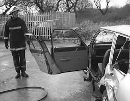 extrication of the seriously injured road crash victim emergency