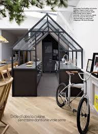 cuisine dans loft la grande originalité de ce loft est d avoir placé la cuisine dans