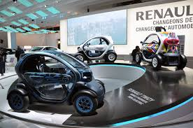 twizy renault paris 2010 renault twizy photo gallery autoblog