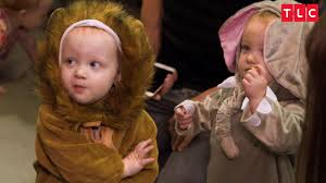 halloween costumes for 7 month olds the quints u0027 safari themed halloween costumes outdaughtered youtube