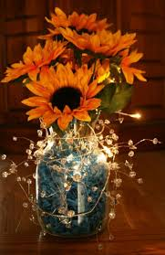 Diy Lantern Centerpiece Weddingbee by Best 25 Sunflower Table Centerpieces Ideas On Pinterest