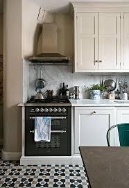 white shaker kitchen cabinets backsplash white shaker cabinets discount trendy in ny