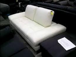 canapé convertible occasion canape convertible nefertiti cuir blanc d occasion troc com