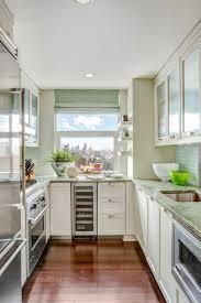 kleine küche einrichten tipps stauraum kleine küche kuche mit diesen simplen tricks schaffen sie