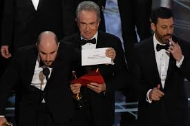 Oscar Meme - oscar winner 2017 best picture gaffe gets the best reactions