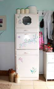 Vintage 1950 S Metal Kitchen Cabinet Enamel Top Ebay by 22 Best Chalk Paint Images On Pinterest Kitchen Units Retro