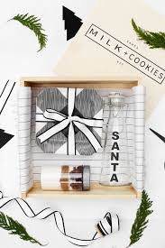 last minute diy christmas gift idea santa milk cookies kit