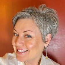 age appropriate hair styles for age 48 352 best hair images on pinterest hair cut pixie cuts and pixie