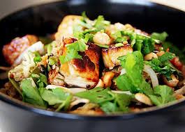 recette cuisine au wok wok de légumes aux 3 quinoas et tofu poêlé recettes wok