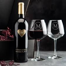 wine gift sets monogram heart etched wine gift set etchedwine