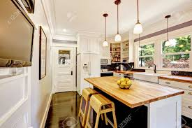 kitchen cabinet colors with white appliances white kitchen cabinet with white appliances kitchen island with