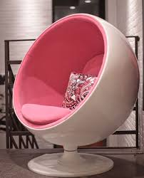 Comfy Chairs For Bedrooms by 369 Best Déco Moon Chair Images On Pinterest Bedroom Ideas