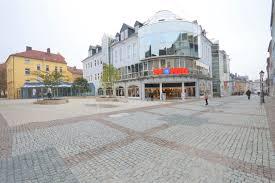 Mit Kauf Haus Immoraum Begleitet Veräußerung Von Wöhrl Kaufhaus In Hof An Der