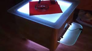 Wohnzimmertisch Led Beleuchtung Led Tisch Mit Glaskantenbeleuchtung Selfmade Youtube