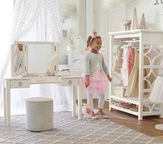 Girls Play Vanity Set Pottery Barn Kids Dreamed For This Kind Of Vanity Set Adorable