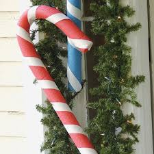 Outdoor Christmas Decorations Candy Canes by 27 Best Diy Outdoor Christmas Decorations Images On Pinterest