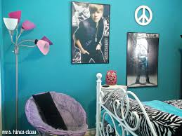 minimalist twin bedroom ideas for teenage girls with teal walls colors
