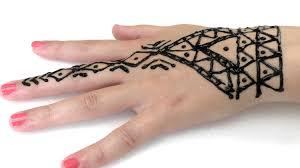 tattoo mit henna sommer trend wir gestalten uns gegenseitig