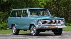 1960 jeep wagoneer mecum wagoneer 1 jpg
