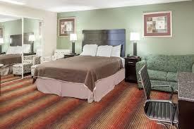 g nstige k che howard johnson hotel newark airport newark hotels nj 07114