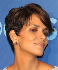back view of halle berry hair halle berry hairstyles for 2018 celebrity hairstyles by