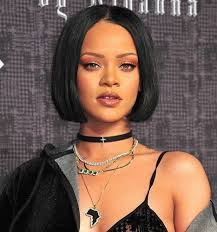 center part bob hairstyle straight bob with a center part hair pinterest straight bob