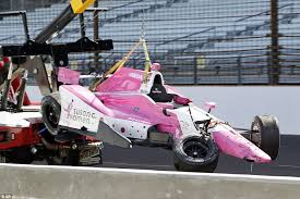 indycar u0027s james hinchcliffe in intensive care after slamming into