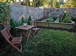 Elegant Landscaping Ideas Small Backyard Small Yard Design Ideas - Backyard hardscape design ideas