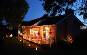 the house of lights melbourne file ivanhoe christmas lights jpg wikimedia commons