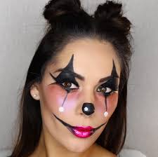 easy face makeup for halloween cute clown halloween makeup look daisie smith