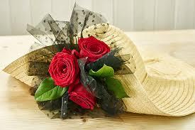Kentucky Derby Flowers - how to make a kentucky derby hat with flowers petal talk