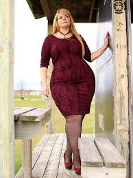 be the centre of attraction with coolest plus size club dresses