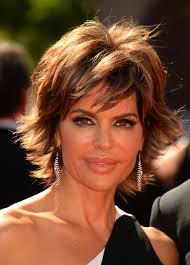 lisa rinna tutorial for her hair lisa rinna in arrivals at the creative arts emmy awards lisa