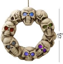 halloween skull wreath with light up eyes by atosa 25946