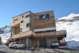 hotel architektur moderne architektur mit natürlichen baustoffen hotel steinbock in