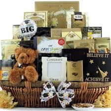 graduation gift basket en iyi 17 fikir graduation gift baskets te üniversite