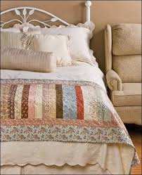 25 unique bed runner ideas on pinterest quilted table runners