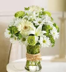 white flower arrangements best 25 white flower arrangements ideas on white