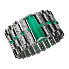 Emerald Seven Emerald Jewellery Pieces To Add Elegance And Make A