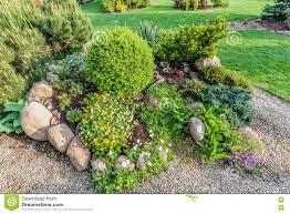 image amenagement jardin emejing jardin amenage photos design trends 2017 paramsr us