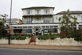 parade hotels tarvic 2 hotels culver parade sandown picture of tarvic 2