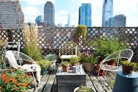 City Backyard Urban Wonderland Turn Your City Backyard Into An Outdoor Oasis