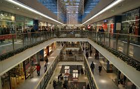 shopping mall file krakow shopping mall interior pawia krakow poland