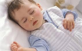 mama dormida mientras que su hijo se la coge mi bebé se mueve mucho mientras duerme por qué embarazo10 com