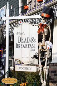 Easy Halloween Decorations Outdoor by Best 25 Halloween Porch Ideas On Pinterest Halloween Porch