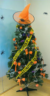 decorated halloween trees 99 best halloween trees images on pinterest halloween trees