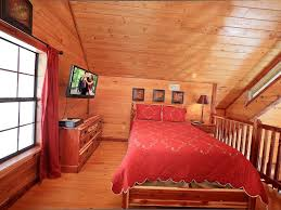 secluded 1 bedroom cabin bordering the great smoky mountain