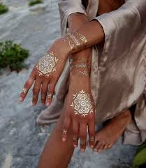 20 shiny and girlish gold henna tattoos styleoholic